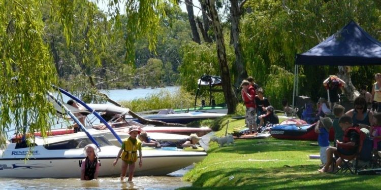 Local Government urges Easter flows in the Murray
